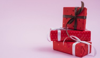 Custom Holiday Corporate Gift Boxes- Spread Cheer in The New Normal World