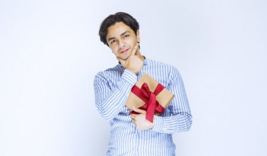How to Choose Branded Gifts that Match Your Business Niche