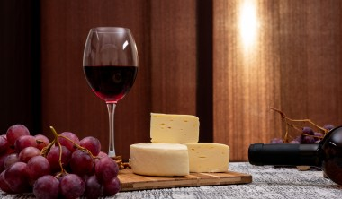 Custom Cheese, Wine and Party Gifts for Summer Events